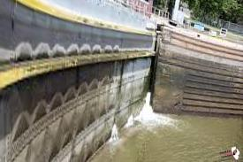 The flooding will affect the locks in the starved Rock and Marseille